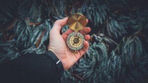Relógio dourado como exemplo sobre indicadores para análise de requisitos